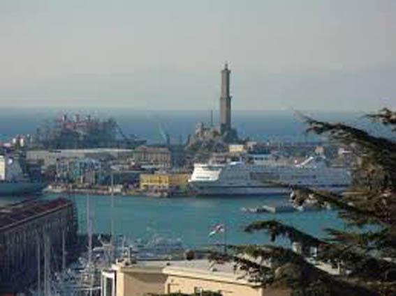 Marzo 2020: crolla il porto di Genova