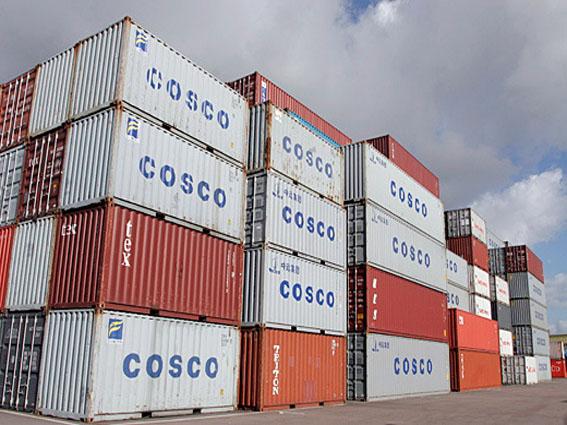 Porti liguri, abolita la tassa sui container