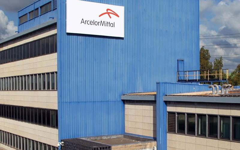 4 lavoratori ArcelorMittal rischiano il lavoro