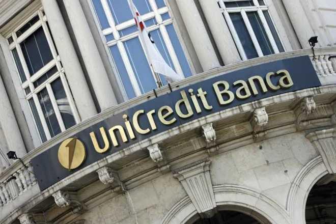 Unicredit, in filiale solo su appuntamento on line
