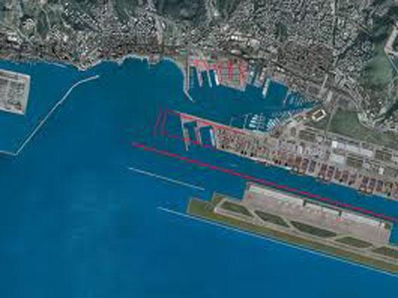 Un buon agosto per il porto genovese